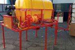 PRZENOŚNY OPRYSKIWACZ SPALINOWY MONTOWANY NA DREZYNĘ, napęd z silnika spalinowego 6,5 kM, pojemność zbiornika 800l, 22 l/min - Obraz1